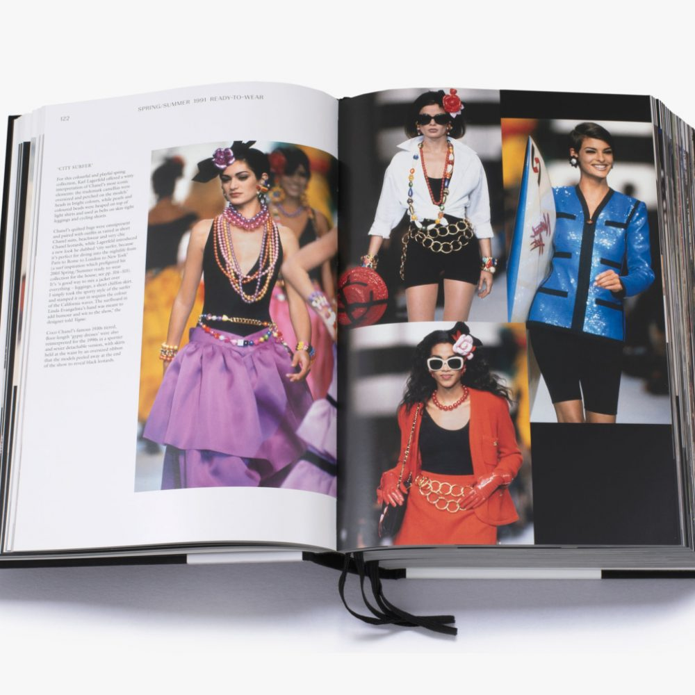 Chanel Catwalk Book - Mamic 1970