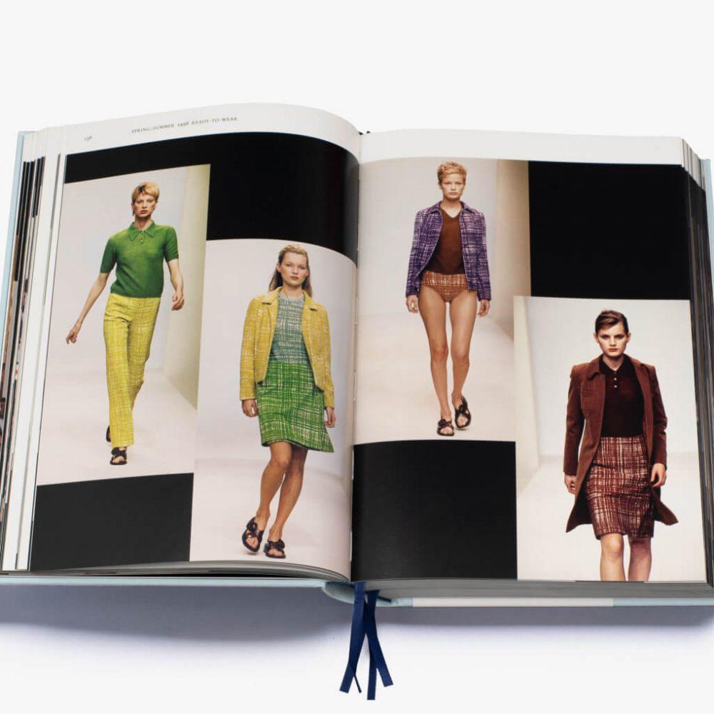 Prada Catwalk Susannah Frankel Thames and Hudson - Mamic 1970