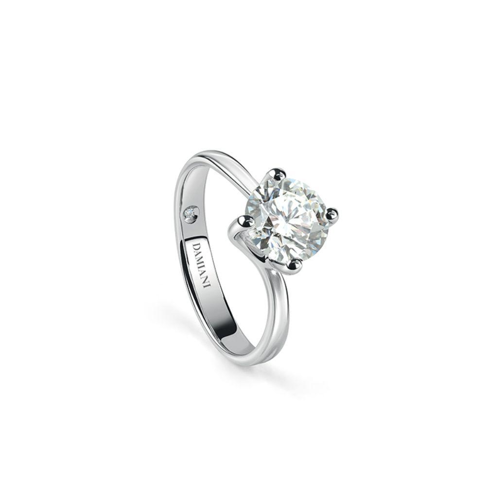 Damiani Beauty Engagement  Ring